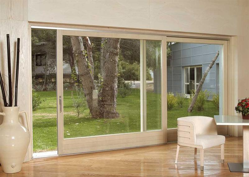 Casa moderna roma italy porte finestre in alluminio prezzi for Infissi in alluminio prezzi