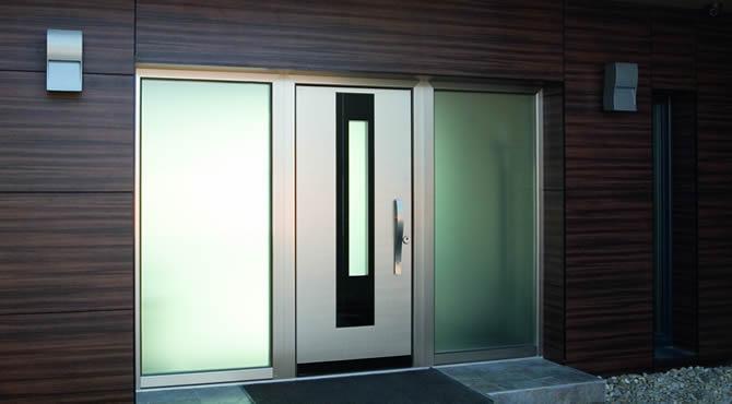 Portoncini d'ingresso in legno/alluminio  Casa Infissi Debernardis - Altamura (Bari)