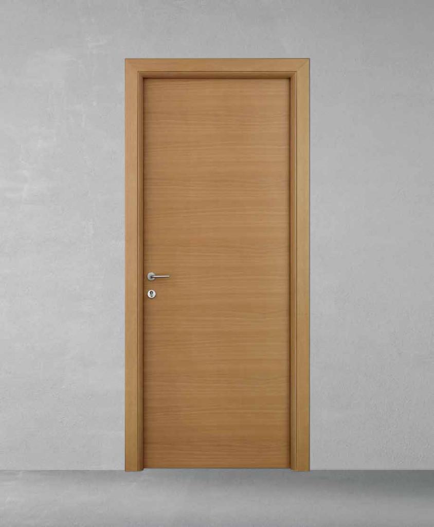 Porte in legno casa infissi debernardis altamura bari - Porte noce tanganica ...