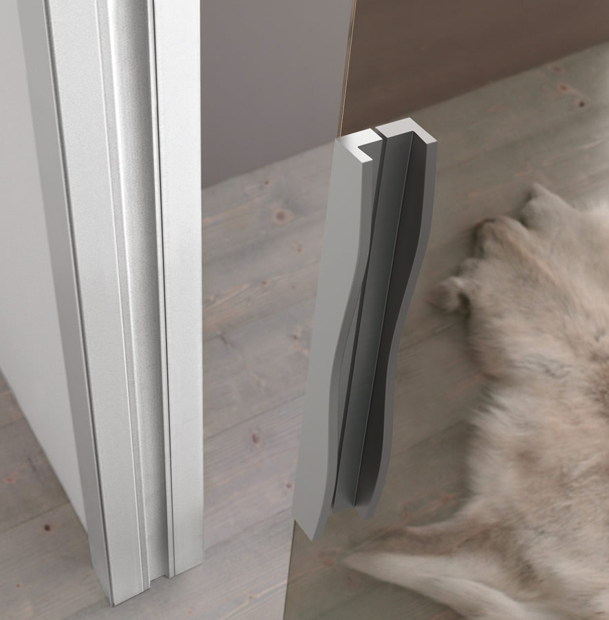 Porta in vetro bronzo light scorrevole a scomparsa con stipiti in alluminio maniglia adielle - Porte interne alluminio e vetro ...