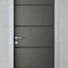porta in legno pantografata laccata grigio con traffico bicolore a battente dorica castelli