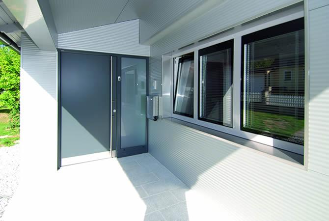 2-portoncino d'ingresso-alluminio-internorm_