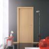 porta in laminato rovere sbiancato con inserti in alluminio verticali a battente medusa planet doors gd d'origo
