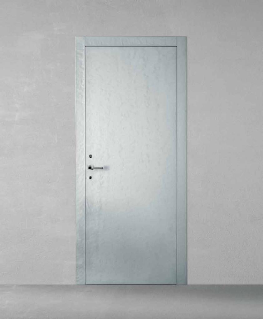 Porta in legno laccata lux con madreperla grigio lucido for Porte dorica castelli prezzi
