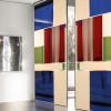 porta in vetro colorato con superfici cieche e pannelli in legno laccato opaco mitika scorrevole adielle