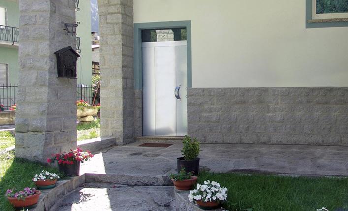 9-portoncino-d-ingresso-alluminio-complanare-silvelox-3